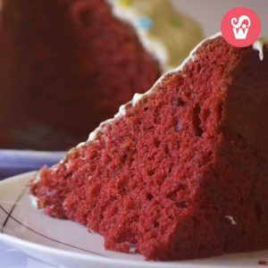 Cake extra red